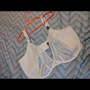 Victoria secret unlined 38DDD bra